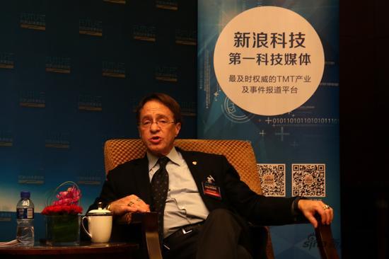 Ray Kurzweil接受新浪科技专访