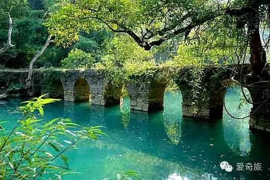 贵州荔波县 七孔小桥