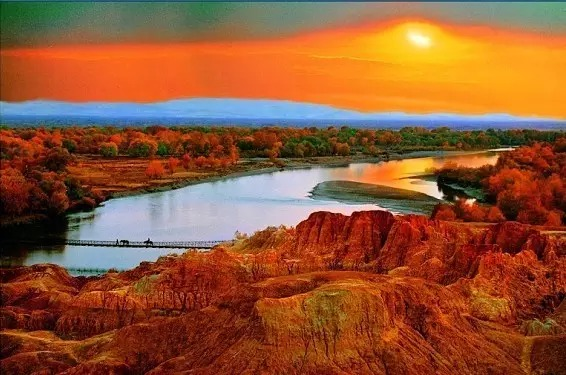 新疆布尔津县 五彩滩
