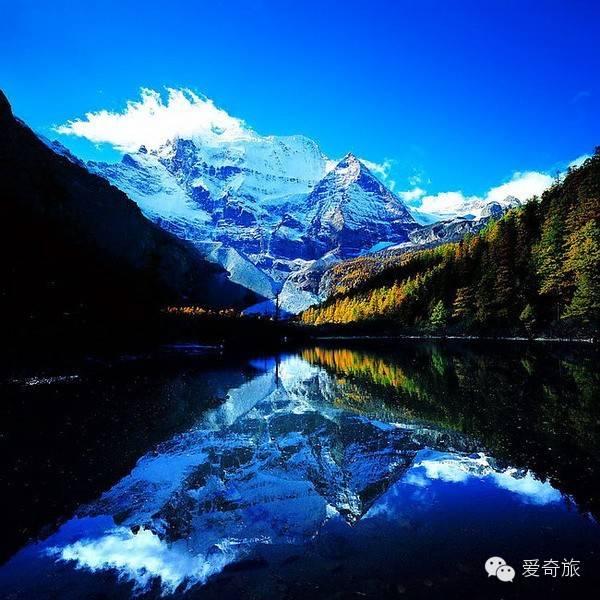 四川稻城县