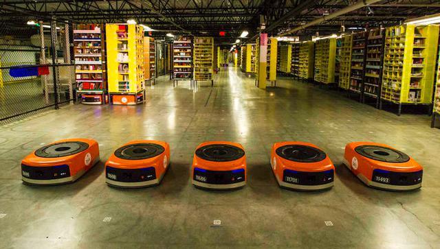 在亚马逊货仓,机器人这么干活真是帅呆了