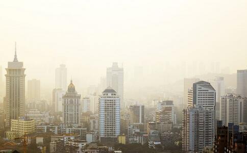 河南持续雾霾天气 常吃4种食物能清肺