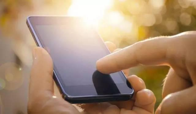 手机重启=关机再开机?难怪你的手机又慢又费电